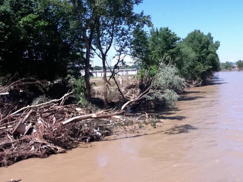 Powódź spowodowała ogromne zniszczenia.