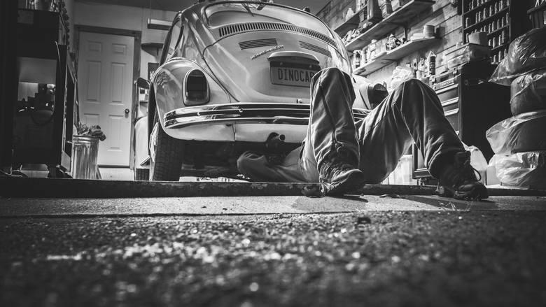 Regeneracja lamp samochodowych w promocyjnych cenach. Car lampeks Rzeszów