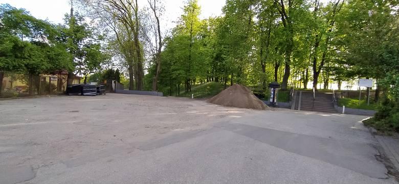 Do połowy grudnia 2020 r. na Podzamczu ma pojawić się park rekreacji i wypoczynku z m.in. skateparkiem, miejscami do uprawiania sportu, placem rehabilitacyjno-wypoczynkowym,