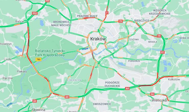 Kraków. Ciężki początek długiego majowego weekendu. Kierowcy w mieście i na obwodnicy stoją w ogromnych korkach [ZDJĘCIA]