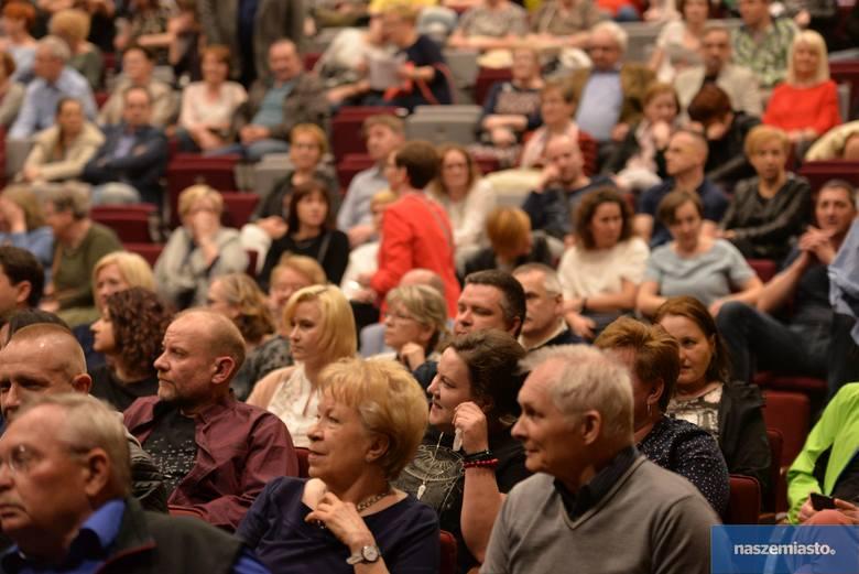 Koncert Macieja Maleńczuka oglądała pełna sala widzów w Centrum Kultury Browar B. we Włocławku. Zobacz zdjęcia!
