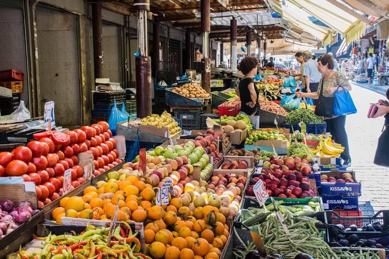 Owoce i warzywa budują odporność. Czy pandemia wpływa na nasze nawyki żywieniowe?