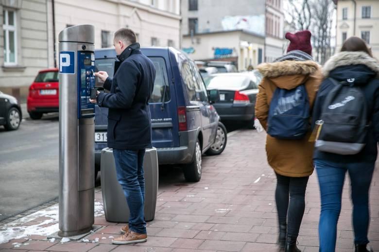 Nowe parkomaty pojawią się m.in. na Zabłociu i os. Podwawelskim
