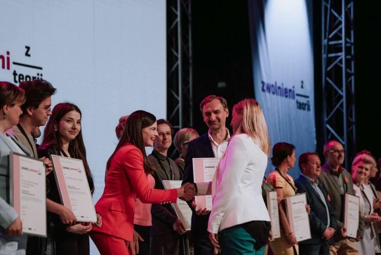 Ranking Szkół Zwolnieni z Teorii: III LO z Siemianowic Śląskich najlepszą szkołą przyszłości w Polsce