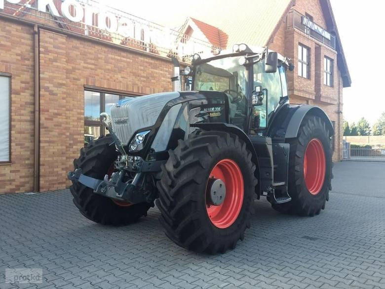 Traktor FENDT 936 Vario S4 Black Cena 864 000 zł rok produkcji 2016moc maksymalna 265kW/360 KM silnik Deutz, 6-cylindrowyjoystick wielofunkcyjnykabina