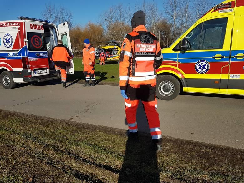 W piątek dyspozytornia medyczna w Przemyślu otrzymała zgłoszenie o upadku mężczyzny z drabiny w miejscowości Buszkowiczki pod Przemyślem.- Po przybyciu