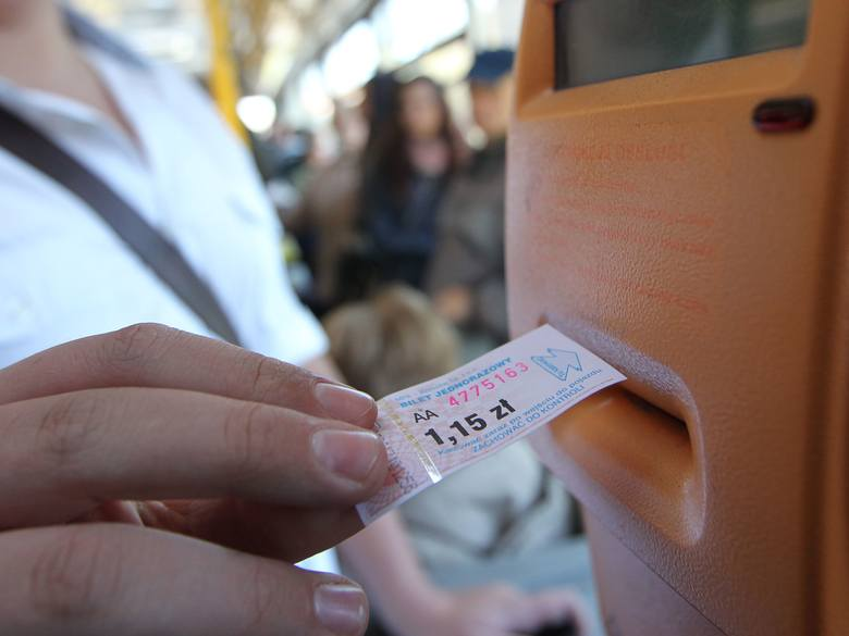 W Rzeszowie z ulgowych przejazdów mogą korzystać uczniowie szkół, których organem założycielskim jest miasto.