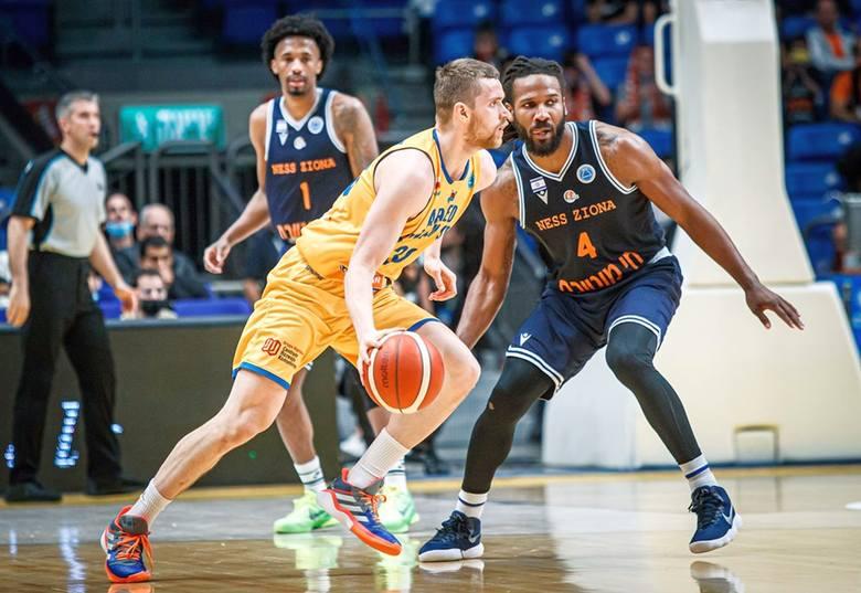 Ironi Ness Ziona pokonał 82:74 Arged BMSlam Stal Ostrów Wielkopolski 84:72 w wielkim finale FIBA Europe Cup. W tym prestiżowym meczu zagrał Jakub Garbacz,