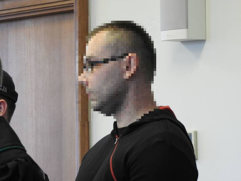 Białystok. Sąd: 34-latek chciał zabić ciotki żony, ale sam odstąpił od ich duszenia. Spędzi za to w więzieniu 6 lat