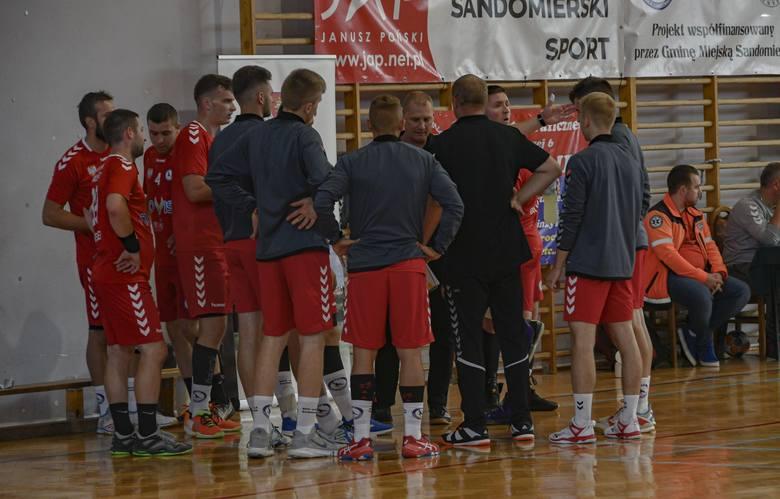 1. liga piłkarzy ręcznych. Wisła Sandomierz ma szansę opuścić ostatnie miejsce w tabeli