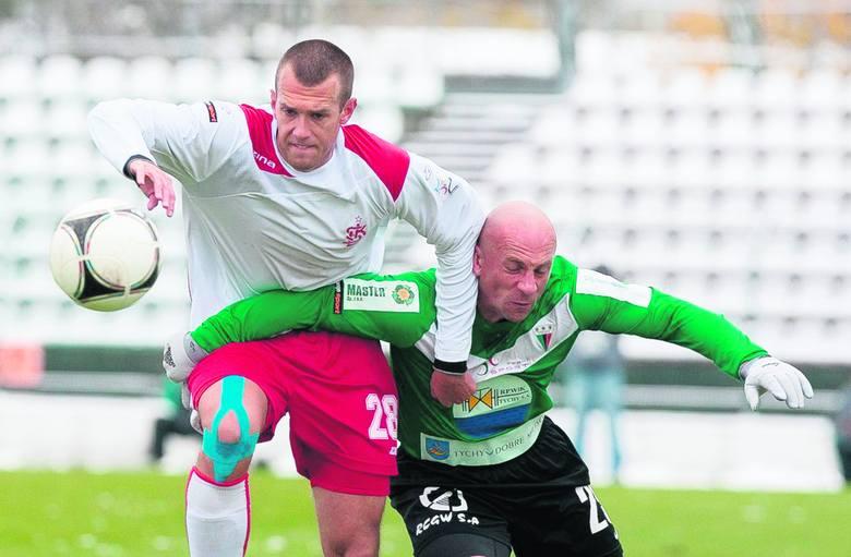 Adrian Jurkowski jest obrońcą ŁKS.