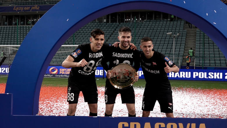 Feta piłkarzy Cracovii po zdobyciu Superpucharu 2020
