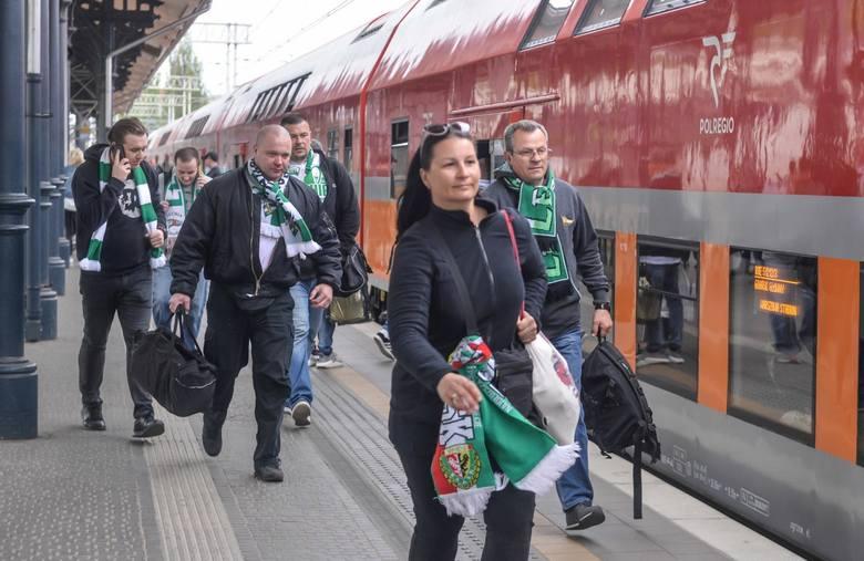 To oni kibicowali Lechii Gdańsk w Warszawie! Z problemami, ale i szczęścliwym zakończeniem [zdjęcia]
