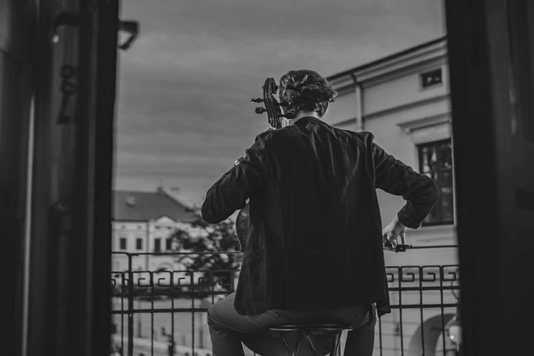 """Krzysztof Lenczowski z Atom String Quartet [WYWIAD]: Nowa płyta """"Rzeczy osobiste"""", koncerty, muzyka poważna, Miles Davis, Komeda"""