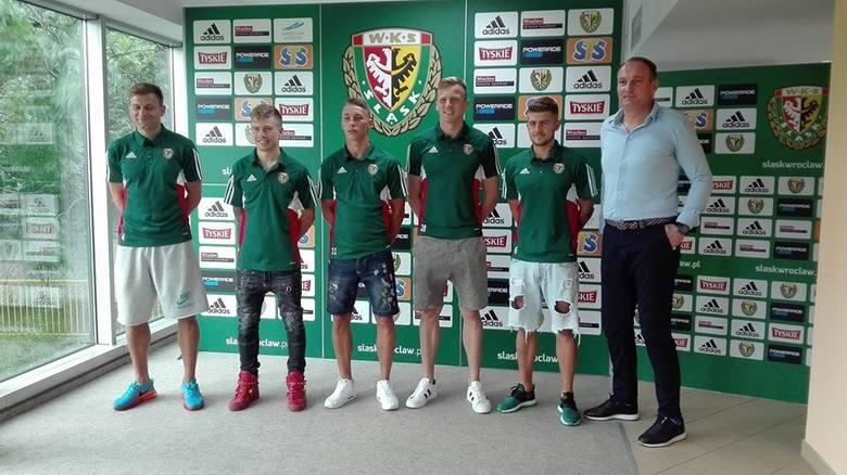 Pięciu nowych piłkarzy pozyskano do Śląska na zasadzie transferu definitywnego.