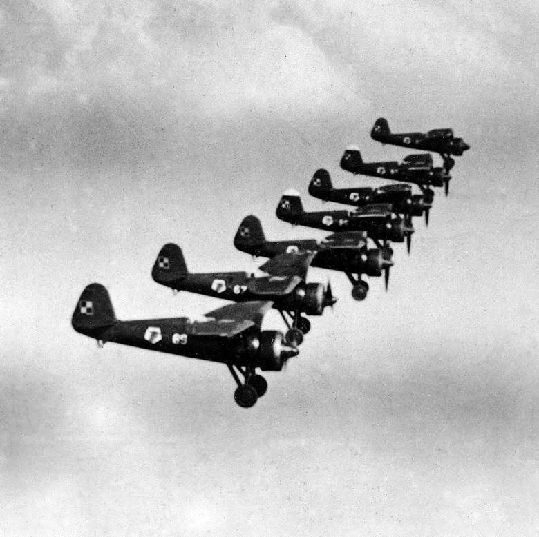 Rzeczywistość, czyli klucz PZL P11 - niestety w 1939 r. nadal były to podstawowe polskie myśliwce