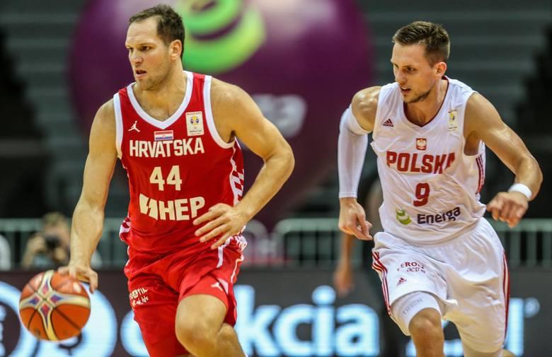 Pochodzący z Ostrowa Mateusz Ponitka (z prawej) jest filarem reprezentacji. Obecnie leczy kontuzję, ale do czasu Eurobasketu na pewno zdąży się wyku