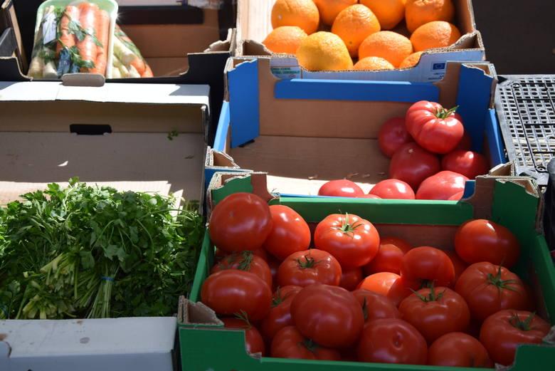 Odwiedziliśmy Podkarpackie Centrum Hurtowe AGROHURT S.A. w Rzeszowie. Na kolejnych stronach podajemy ceny owoców i warzyw.