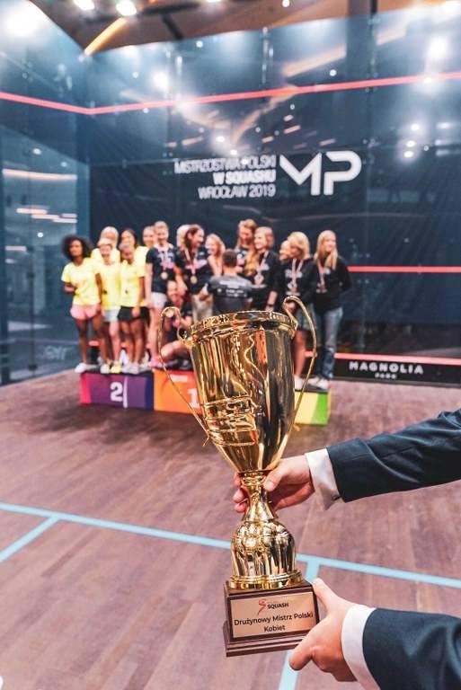 Zespół 11punkt Girl's Crew z Poznania wywalczył drużynowe mistrzostwo Polski kobiet w squashu. Zobacz kolejne zdjęcia. --->