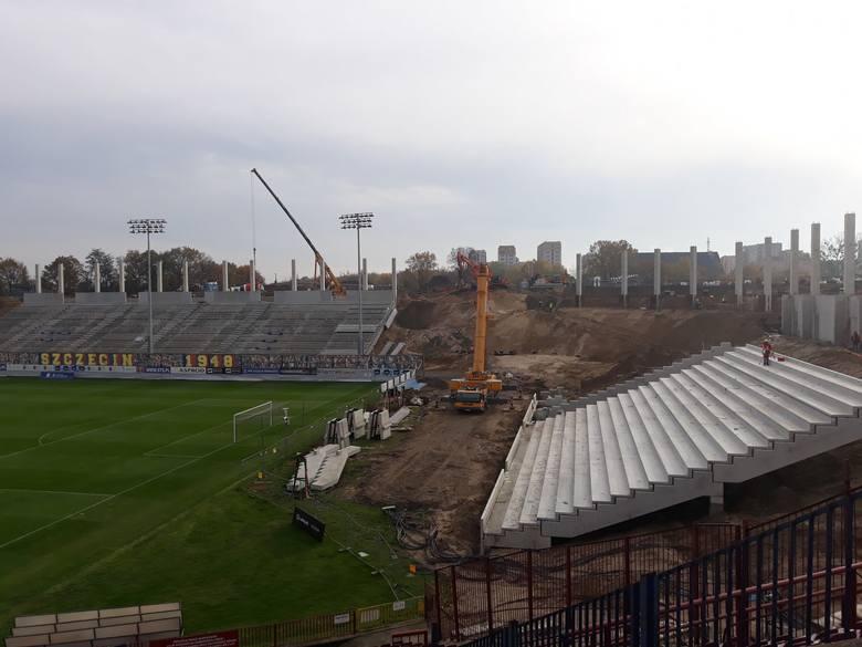 8 listopada na budowie stadionu przy u. Twardowskiego.