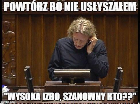 Internauci śmieją się z posła Mieszkowskiego z telefonem na mównicy sejmowej