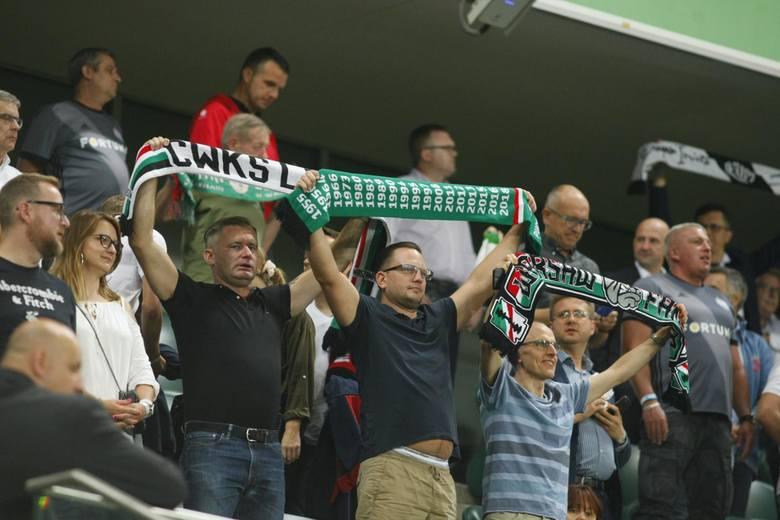 W pierwszym meczu 3. rundy eliminacji Ligi Europy Legia Warszawa zremisowała z greckim Atromitosem 0:0. Na trybunach stadionu przy ul. Łazienkowskiej