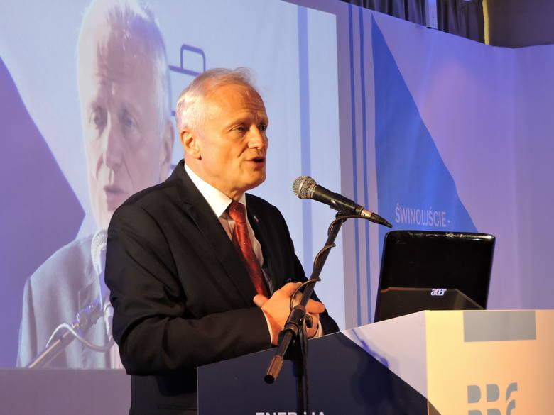 Spotkanie otwierał Jacek Piechota, były minister gospodarki, wieloletni uczestnik spotkania