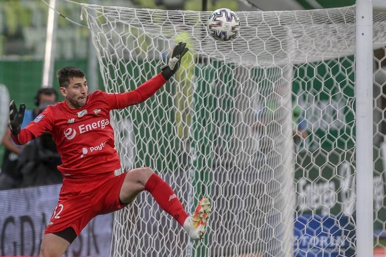 W reprezentacji Słowacji rywalizuje z Martinem Dubravką (Newcastle United) oraz Dominikiem Greifem (Slovan Bratysława). Jesienią Kuciak pełnił rolę rezerwowego