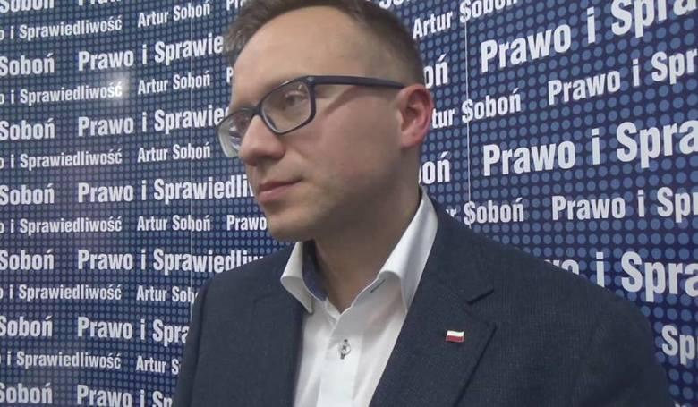 Wiceminister Artur Soboń: Kawalerowie powinni płacić dodatkowy podatek, tzw. bykowe