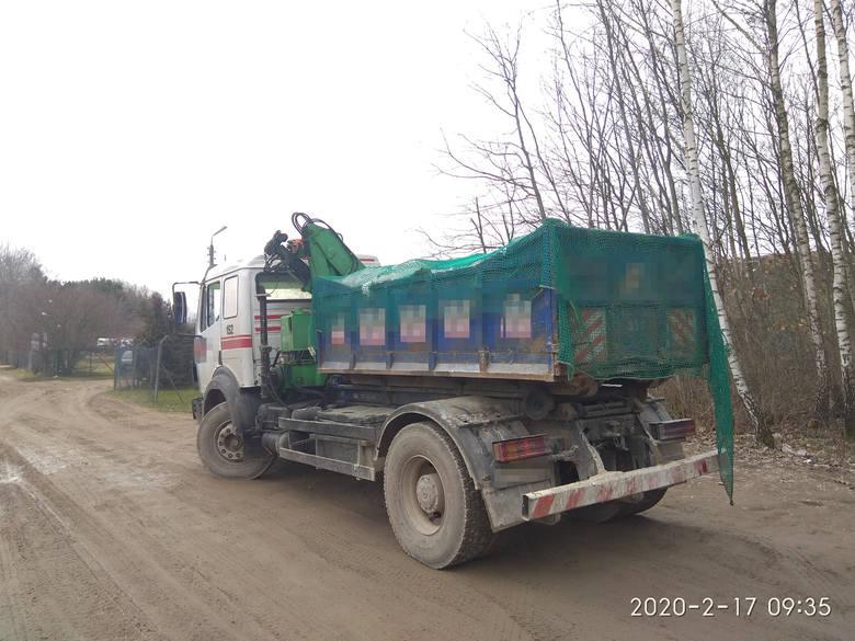 W Studziankach 17 lutego 2020r. zatrzymano do kontroli  ciężarówkę przewożącą śmieci.Podczas kontroli okazało się, że kierowca nie ma wymaganego dokumentu