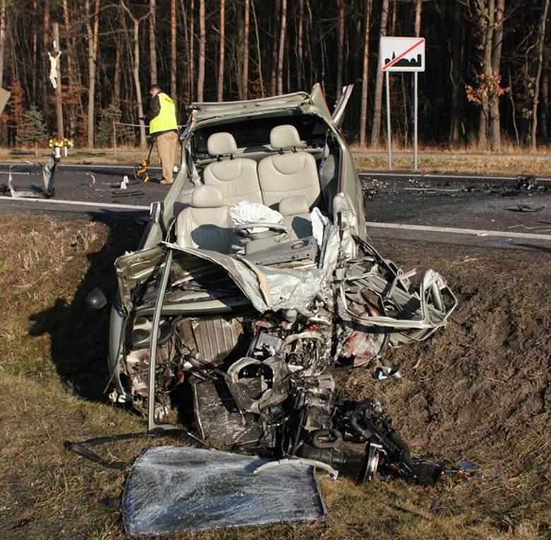 Samochodem osobowym z tablicami rejestracyjnymi powiatu stalowowolskiego kierował 26-letni mężczyzna.