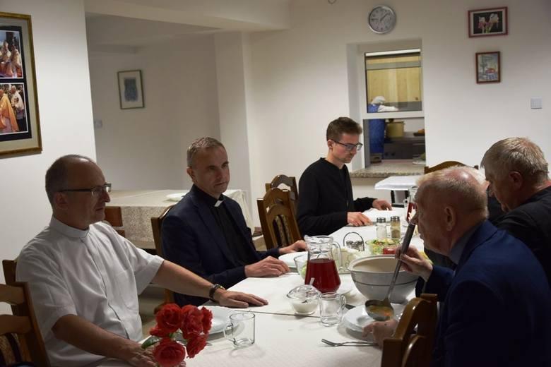 W Kałkowie zakończyły się 19 Międzynarodowe Szachowe Mistrzostwa Polski Duchowieństwa [ZDJĘCIA]