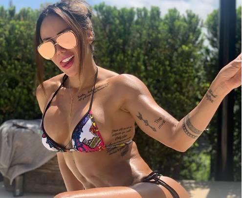 Arturo Vidal długo nie był singlem po rozstaniu z Marią Teresą Matus. Serce piłkarza Barcelony skradła popularna kulturystka z Kolumbii. Sonia Isaza