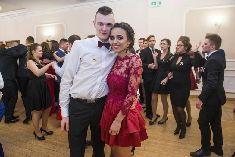Studniówka 2017 w Radomiu. Wspaniała zabawa Zespołu Szkół Spożywczych i Hotelarskich
