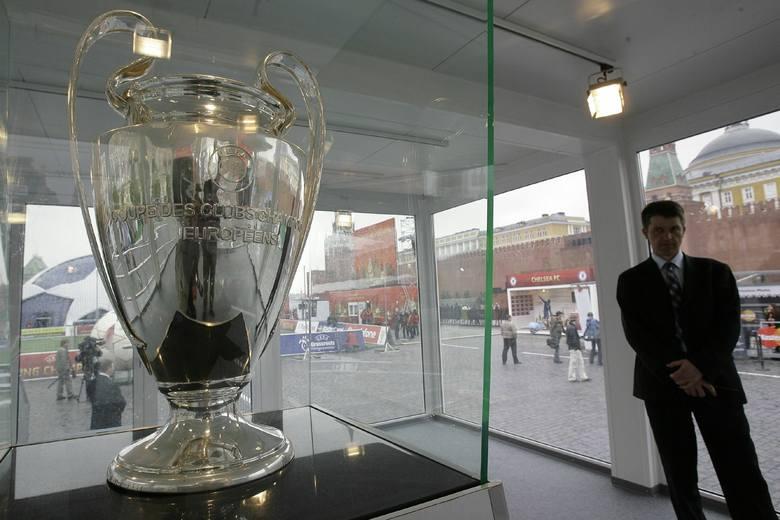 """Finał Ligi Mistrzów nie w Stambule? Turcja jest na """"czerwonej liście"""""""
