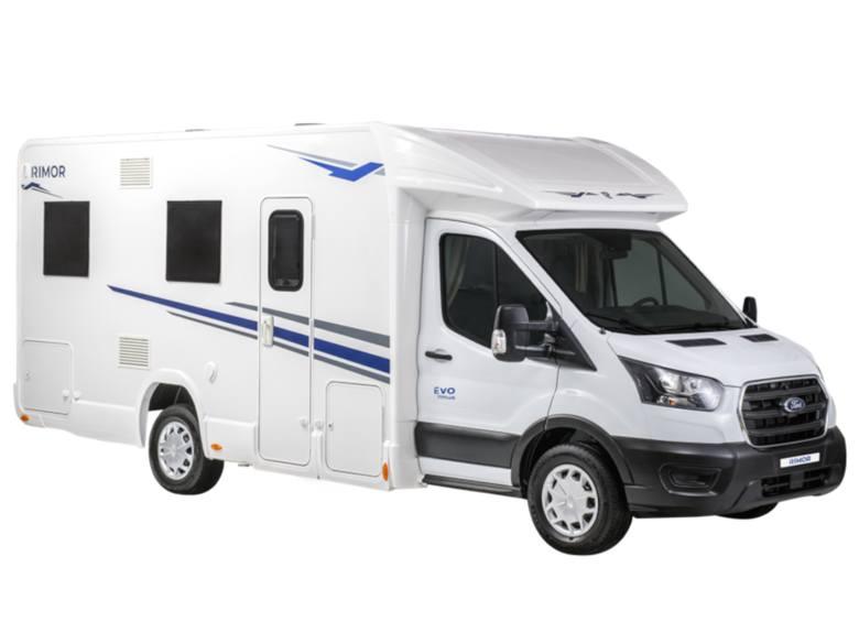 Wypożyczalnia Kamper BiebrzaKamper Biebrza oferuje 3 rodzaje aut do wynajęciaRimor Evo 77 Plusflagowa propozycja przestrzennej półintegry zabudowanej