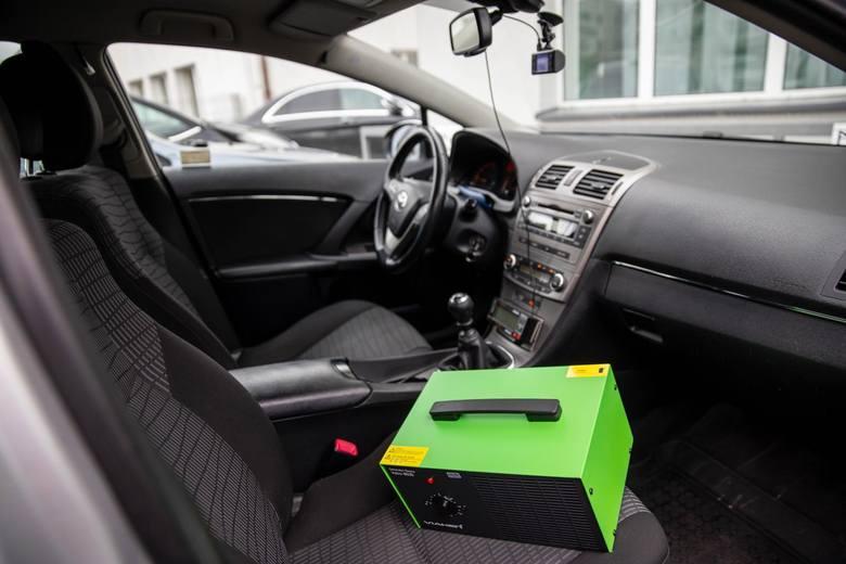 Ozonowanie wnętrza taksówki