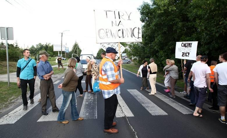 Na zdjęciach demonstracja mieszkańców Nowosolnej z 2014 r.