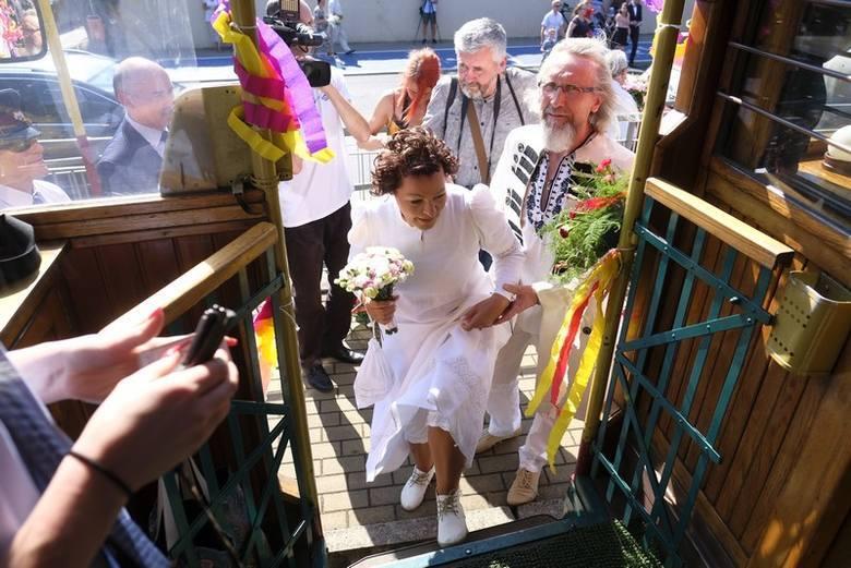 W tym roku toruński Urząd Stanu Cywilnego udzielił już kilkunastu ślubów poza swoją tradycyjną salą przy ulicy Bydgoskiej. W jakich lokalizacjach torunianie