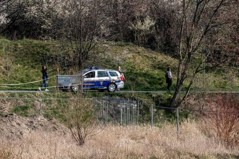 W Poznaniu strażnicy miejscy patrolują miasto wraz z policjantami