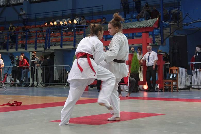 Michalina Chrobot walczyła w kategorii do 65 kg. To jedna z najbardziej utytułowanych zawodniczek OKKK.