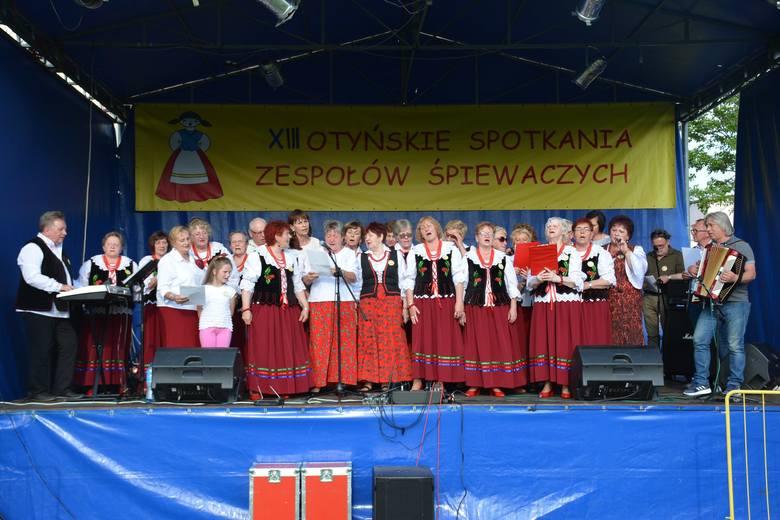 XIII Otyńskie Spotkania Zespołów Śpiewaczych i IV Festyn Rodzinny odbyły się 1 czerwca w Otyniu. Zobaczcie jak było.POLECAMY:NOWA SÓL - CEPELIADA 2019.