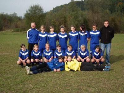 Młode piłkarki z Gaja