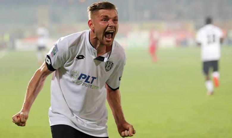 Tomasz Kupisz, 30 letni wychowanek Juniora Radom zagra w Salernitanie, we włoskiej Serie B. Dla piłkarza wywodzącego się z naszego regionu, jest to dziesiąty