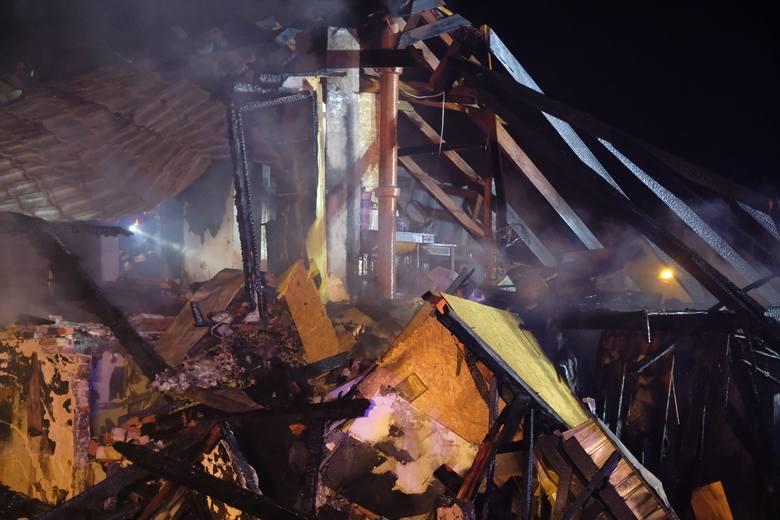 Pożar domu w Oleszycach.