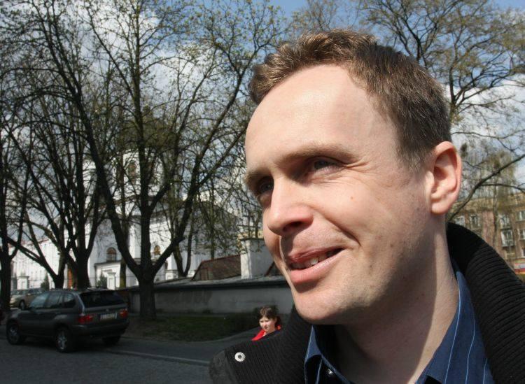Książnica wydaje tomiki wierszy,a  nikt nie bada, czy ktoś je w ogóle czyta - twierdzi dr Marek Kochanowski z UwB