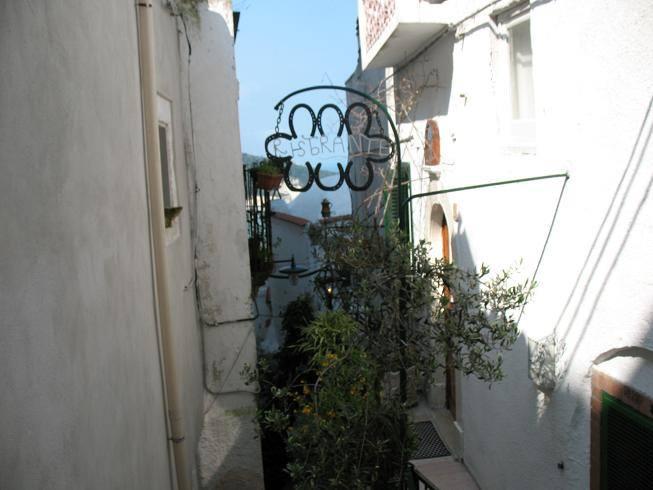 Peschici, miasto na białej skale