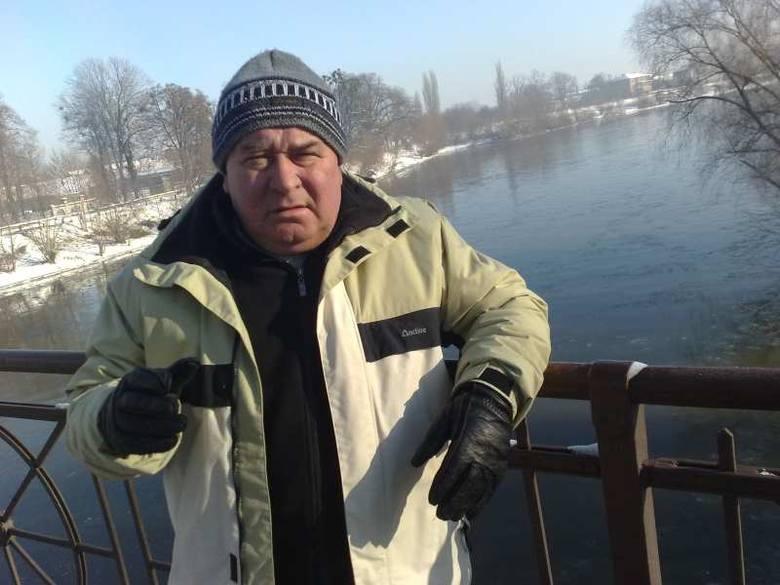 Adam Krzywy, szef OSP w gminie Lubsza: - Dobre, że w końcu usunięto pozostałości po starym moście.