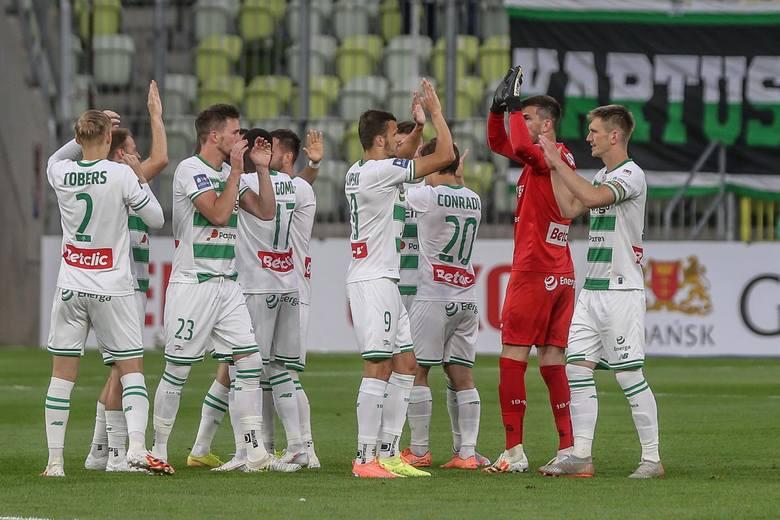 Lechia Gdańsk. Najdrożsi piłkarze w kadrze biało-zielonych. Mamy aktualny ranking. Kto jest teraz najbardziej cenny? [TOP 25]