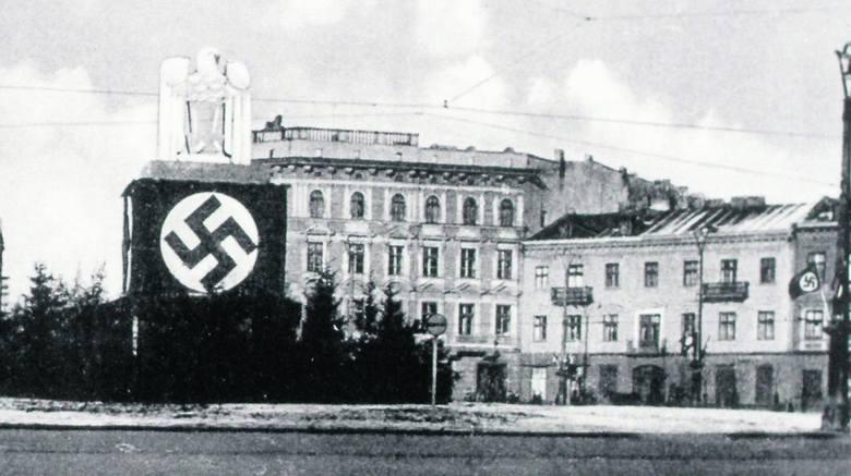 Tak wyglądał pl. Wolności w czasach okupacji niemieckiej. Dziś stoi tam pomnik Tadeusza Kościuszki